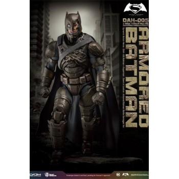 Batman v Superman Dynamic 8ction Heroes Action Figure 1/9 Armored Batman Battle Damage Version 20 cm