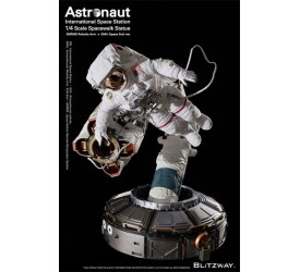 The Real Superb Scale Hybrid Statue 1/4 Astronaut ISS EMU Version 90 cm