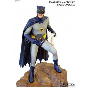 Batman 1966 Model Kit Batman 33 cm
