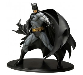 Batman ARTFX Statue 1/6 Black Costume Version 29 cm