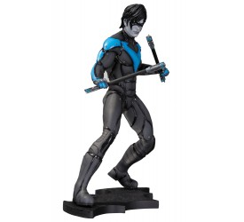 Batman Arkham City Statue Nightwing 22 cm