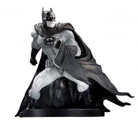Batman Black & White Statue David Finch 17 cm