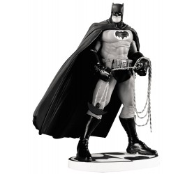 Batman Black & White Statue Frank Miller 2nd Edition 18 cm
