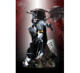 Batman Vampire Mini Statue