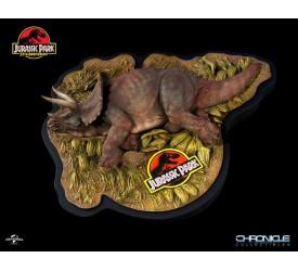 Jurassic Park Sick Triceratops 1/35 Scale Diorama