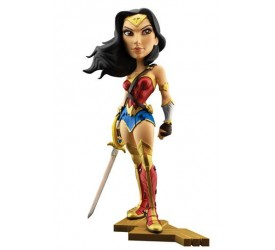 DC Comics Vinyl Figure Gal Gadot as Wonder Woman 20 cm