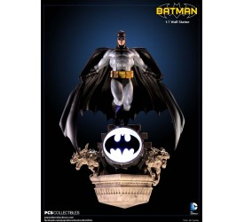 DC Comics Batman Modern Age 1/7 Scale Wall Statue 38 cm