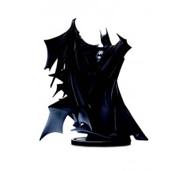 Batman Black and White Deluxe Statue Batman by Todd McFarlane 24 cm