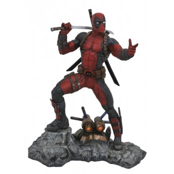 Marvel Premier Collection Deadpool Resin Statue