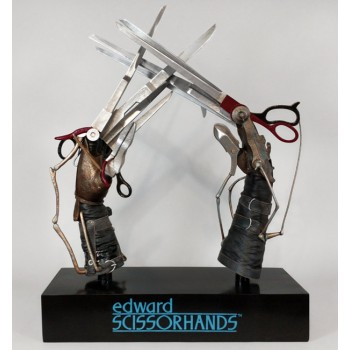 Edward's Scissorhands prop replica 61 cm