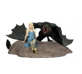 Game of Thrones Daenerys and Drogon Limited Edition Statue
