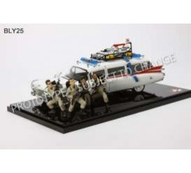Ghostbusters 30th anniversary Ecto-1 die-cast model scale 1:18
