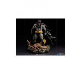 Batman The Dark Knight Returns Diorama 1/6 Batman 38 cm