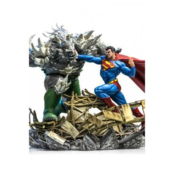 Dc Comics Battle Diorama 1 6 Superman Vs Doomsday By Ivan