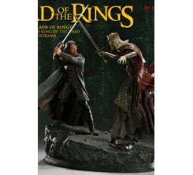 Lord of the Rings Diorama The Clash of Kings (Aragorn vs. King of the Dead) Exclusive 43 cm