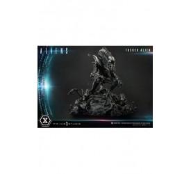Aliens Premium Masterline Series Statue Tusked Alien (Dark Horse Comics) 72 cm