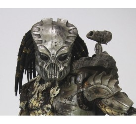 Predators Action Figure Classic Predator Gort Mask SDCC 2011 Exclusive 18 cm