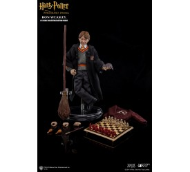 Ron Weasley 1/6 action figure with costume 26 cm