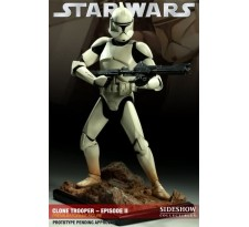 Star Wars Clone Trooper - Episode II Premium Format Figure
