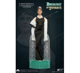 Breakfast at Tiffany's Statue 1/4 Holly Golightly (Audrey Hepburn) Deluxe Ver. 52 cm