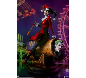 DC Comics Diorama Harley Quinn and The Joker 35 cm