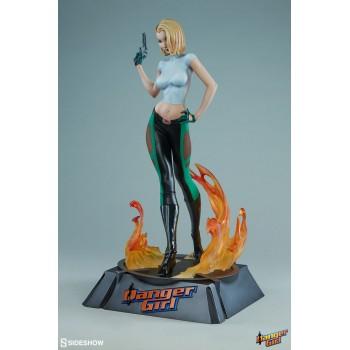 Danger Girl Premium Format Figure Abbey Chase 53 cm