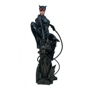 DC Comics Premium Format Figure Catwoman 56 cm
