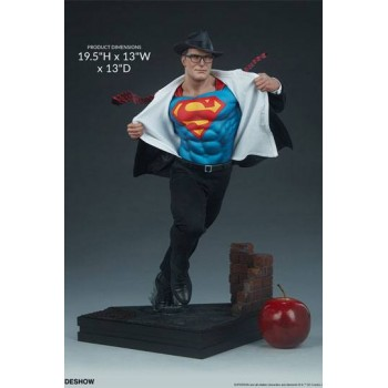 DC Comics Premium Format Figure Superman Call to Action 50 cm