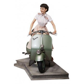 Roman Holiday Princess Ann and 1951 Vespa 125 1/4 Scale Statue