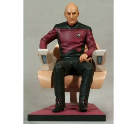 Star Trek TNG Statue Jean-Luc Picard in Captain´s Chair 26 cm