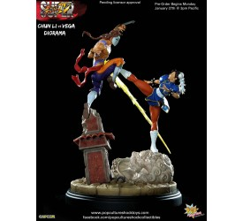 Street Fighter 4 Chun-Li VS Vega Statue 38cm