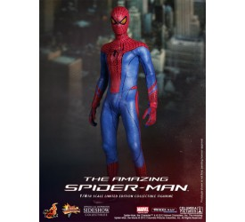 The Amazing Spider Man Sixth Scale Figure 30cm