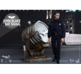 The Dark Knight Rises Movie Masterpiece Action Figure 1/6 John Blake with Bat-Signal 30 cm