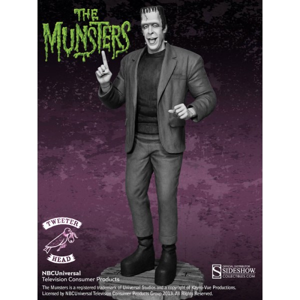 the munsters maquette herman munster black and white edition 38 cm. Black Bedroom Furniture Sets. Home Design Ideas