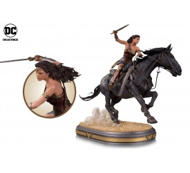 Wonder Woman Movie: Wonder Woman on Horseback Deluxe Statue 30 cm