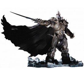 World of Warcraft: Arthas Menethil the Lich King Deluxe Figure