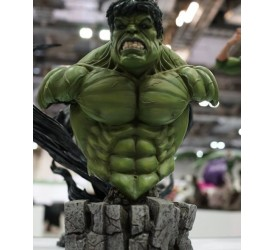 XM Studios Premium Collectibles 1:4 Scale Hulk Bust