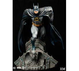 DC Premium Collectibles DC 1/6 Scale Statue Batman 1972